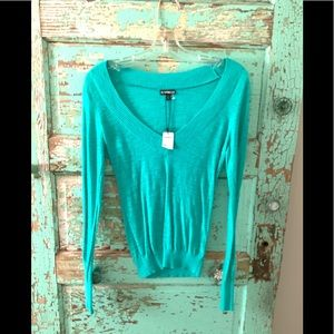 NWT Express Top Size Small